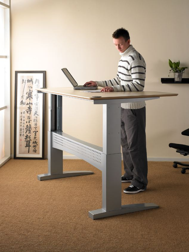 Height Adjustable Desk Or Standing Desk